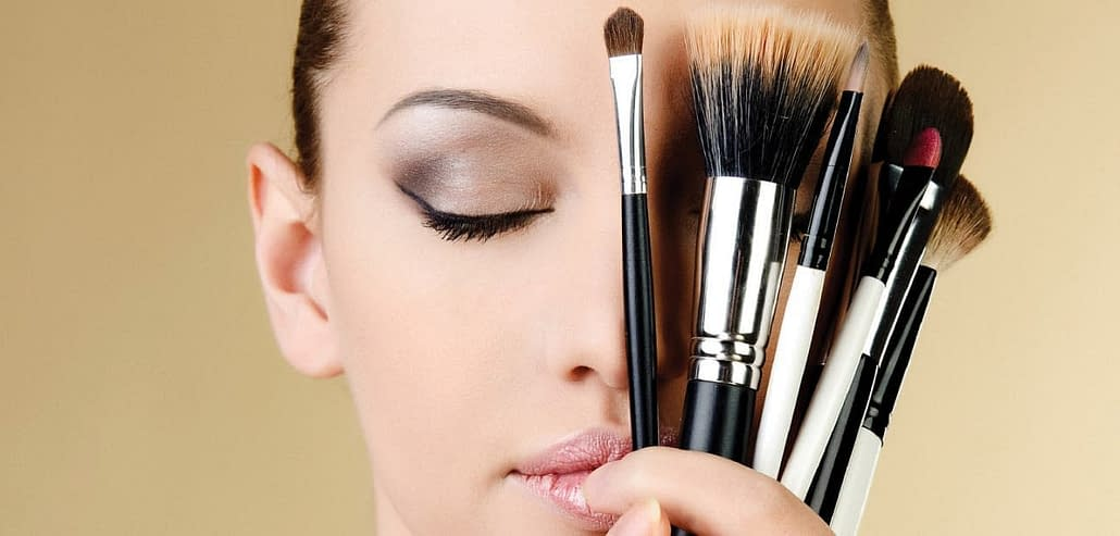 We do your wedding make-up for the perfect wedding